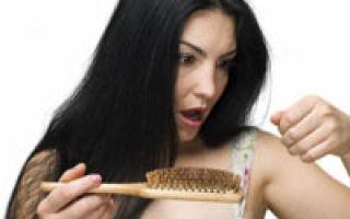 Tratamente naturiste pentru alopecie (chelie)