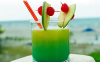 Cocktail de fructe o alternativă excelentă pentru micul dejun